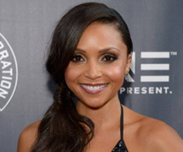 Danielle Nicolet Body Measurements Breasts Height Weight