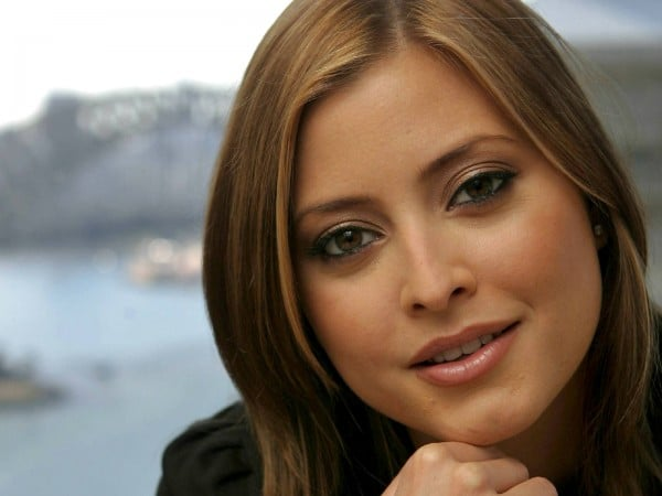 Holly Valance Body Measurements Breasts Height Weight
