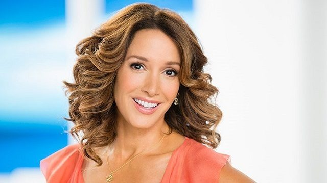 Jennifer Beals Body Measurements Breasts Height Weight