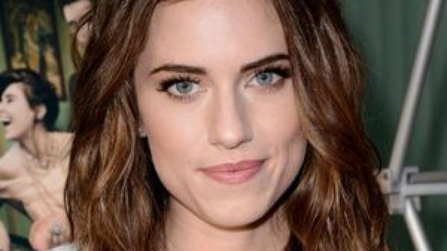 Allison Williams Body Measurements Breasts Height Weight