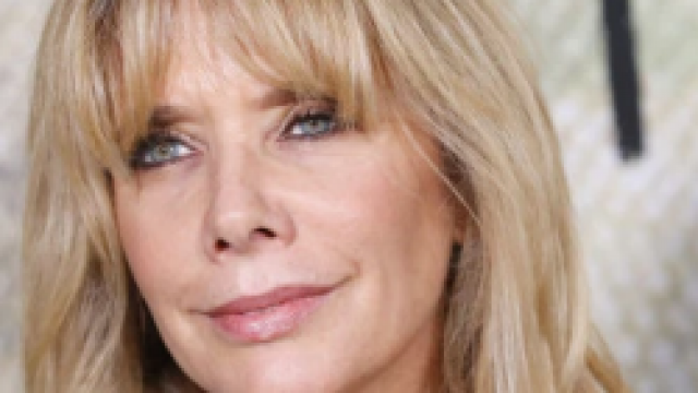 Rosanna Arquette Body Measurements Breasts Height Weight
