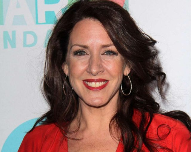 Joely Fisher Measurements Bra Size Height Weight