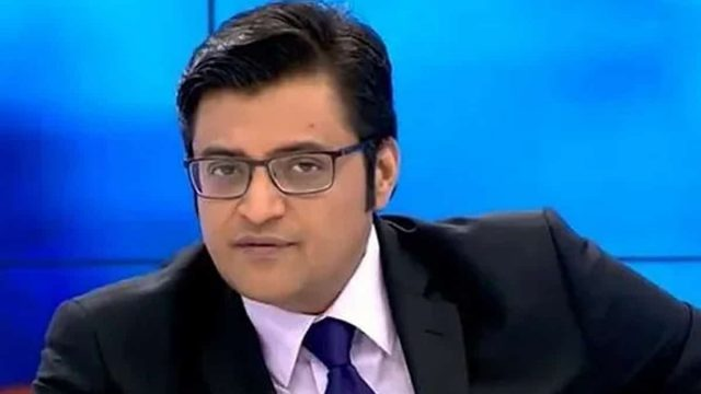 Arnab Goswami's Body Measurements Shoe Size Height Weight