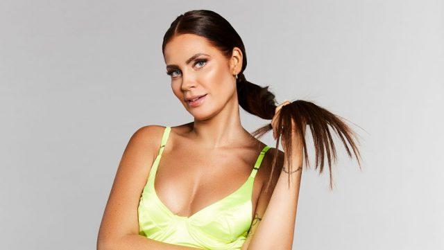 Janine Meißner's Body Measurements Breasts Height Weight