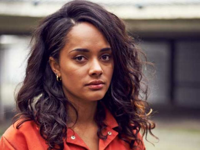 Karla Crome's Body Measurements Breasts Height Weight