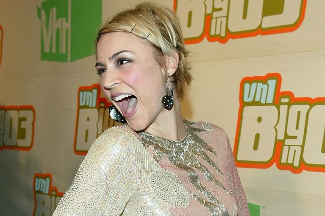 Samaire Armstrong's Body Measurements Breasts Height Weight